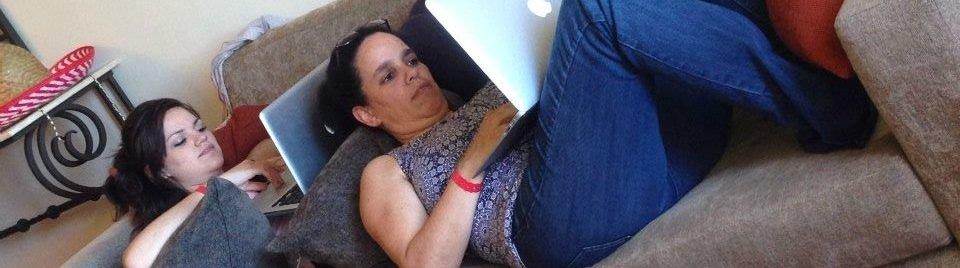 aleda-andrea-cabo-couch